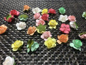 手芸用の花の飾り画像